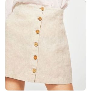 Vintage tan linen mini skorts w/exposed buttons